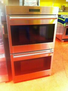 """30"""" Wolf Double Wall Oven DO30PESPH (Used)"""