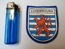 LUXEMBOURG - Ancien écusson en Feutre/tissu - 1984 - NEUF - 2 PHOTOS