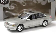 1:18 Highway 61 Saturn l300 sport sedan beige New en Premium-modelcars
