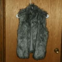 Ci Sono by Cavalini Gray Faux Fur Vest Womens Size M