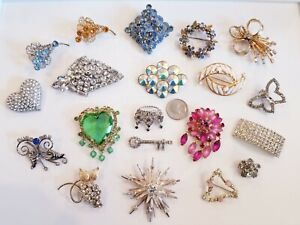 LOVELY Vintage Mod Rhinestone Brooch LOT Weiss 12kgf BSK Sarah Coventry Avon