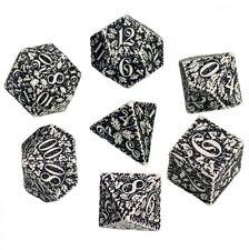 Dadi Q-Workshop Forest 3D White & Black Dice Set