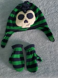 Jumping Bears Baby Boy's Fleece Set  Hat & Cloves Color Green/navy size 2/4T