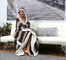 Ladies Real Soft Chinchilla  Faux Fur Wearable Blanket Hoodie Poncho Cape Stole