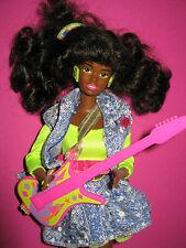 B374-vieja barbie Christie and the Beat #2754 mattel 1990 completamente + compl. joyas