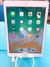 Apple iPad Air  32GB, Wi-Fi, 9.7 inch - White, Good Condition