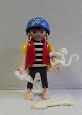 PLAYMOBIL figurine PIRATES homme equipage naufragé ouistiti blanc ile bateau