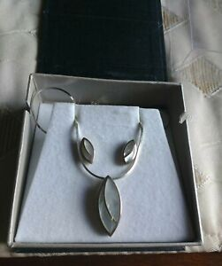 ARGENTO Sterling Silver Pendant Necklace & Matching Earring Set Mother of Pearl