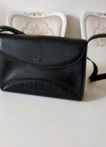 Tasche von Gianni Conti Echtleder schwarz Italy trendy angesagt NEUWERTIG