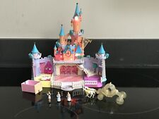 🦉Polly Pocket Disney Cinderella Castle LIGHTS UP + Coach & Horses & 3 Figures