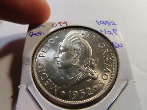 O99 Dominican Republic 1952 1/2 Peso BU