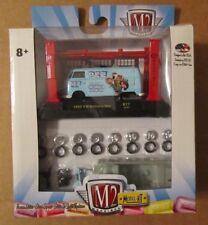 M2 Machines Model Kit PEZ 1960 VW DELIVERY VAN ~ 1:64 R17 ~ NIP 1 of 7880