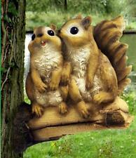 Süß 2 Eichhörnchen Auf Abzweigung Garten Baum Zaun Terrasse Dekoration Ornament