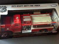 Chevrolet C65 Heavy-Duty Fire Truck Highway61 Feuerwehr 1:16 neu in OVP