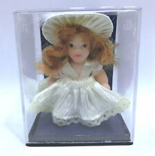 Muñeca de porcelana Porcelain Dolls artesania Latina