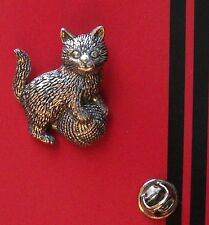 English Pewter KITTEN, cat Pin Badge Tie Pin / Lapel Badge (XTSBPA42)