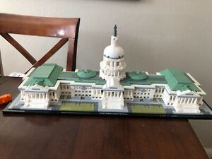 LEGO Architecture 21030 United States Capitol Building 100% w/ no manual or box