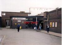 PHOTO  1989 STOCKPORT RAILWAY STATION ENTRANCE