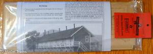 American Model Builders HO #713 Railroad Rooming House