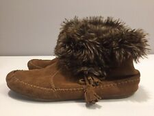 Women's 10 - Minnetonka Moccasin Faux Fur Trim Brown Suede Ankle Boots 84693
