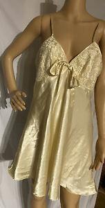 Vintage Secret Treasures Satin Chemise Negligee Nightgown Yellow Large