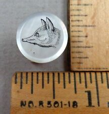 FOX HEAD Antique BUTTON, Scrimshaw on MOP Pearl, Sporting / Hunt Club?