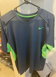 Mens Nike Dri-Fit Running top. Size: L. Excellent Condition.
