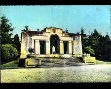 DOULLENS (80) MONUMENT aux MORTS 1914-1918