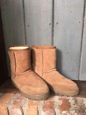 Emu Shearling Fleece Brown Boots Stinger Lo Rugged Tread Outdoor Sole Women's 8
