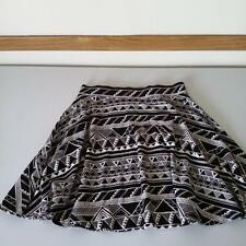 "NWT Victoria's Secret ""LOVE PINK"" Stretch Mini Skirt Black/White Aztec XS"