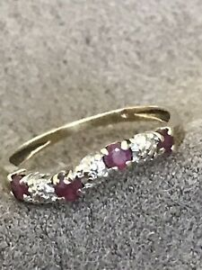 ANTIQUE 9K SOLID GOLD RING WITH RUBIES & DIAMONDS BEAUTIFUL & VERY UNIQUE DESIGN