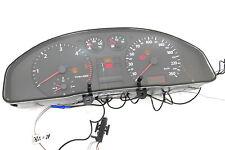 Audi A4 B5 Tacho Tachometer Kombiinstrument 266.000km 8D0919861F Diesel 1,9 TDI