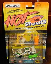 MATCHBOX HOT STOCKS Pitstop Playset Goodyear Team #11 Misb New Diecast