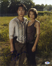 Steven Yeun Lauren Cohan SIGNED 11x14 Photo The Walking Dead PSA/DNA AUTOGRAPHED