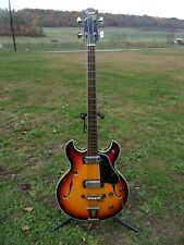 "Vintage ""CONRAD40096 Sunburst Double Cut Away Hollow Body Bass Guitar Japan"