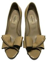 VALENTINO NUDE PATENT BOW OPEN TOE PUMPS, 36.5, $695