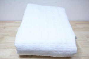 Hotel Collection Quilted FULL/QUEEN Coverlet Embroidered Frame White A11048