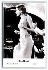Eva Renzi Dancing With The Gentleman 8x10 Photo Print