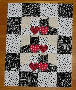 QUILT Top: Dotty Cats - VALENTINE'S Day