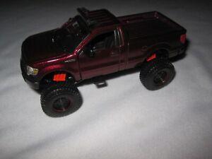 Maisto Ford F-150 XL 4x4 Truck burgundy 1:50