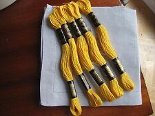 mercerie ancienne 5 échevettes coton à broder DMC mouliné jaune 743 point de cro