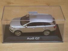 1/43 SCHUCO  AUDI Q7 Argent silver silber