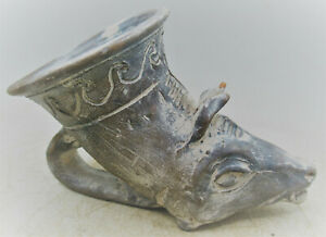 ANCIENT NEAR EASTERN TERRACOTTA RHYTON WITH A BULL'S HEAD