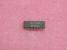 ci MC 944 L ~ ic MC944L ~ dual 4-input NAND gate DIP14 cassa ceramica(PLA037)