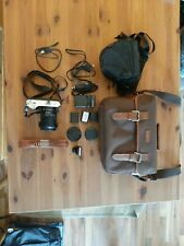 Samsung NX300M Objektiv 18-55mm, schwarz, Zubehörpaket, Tasche, Akkus, Ladegerät