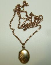 FINE, ANTIQUE VICTORIAN 9 CT GOLD CHAIN WITH BACK & FRONT GOLD LOCKET