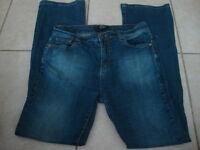 Women's BCBG Paris stretch jeans, 8