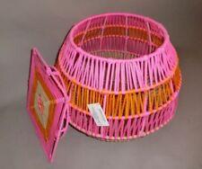 Impressionen ausgefallener Beistelltisch Couchtisch Wäschekorb pink orange beige