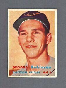 1967 Topps Baseball Brooks Robinson #600 Orioles Legend No Creases Nice Card