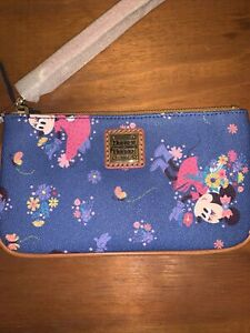 Disney Dooney and Bourke Minnie 2021 Epcot Flower & Garden Fest Wristlet Wallet